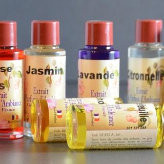 fabriquant extraits de parfum de grasse pour diffusion zen 39 ar me. Black Bedroom Furniture Sets. Home Design Ideas